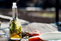 cooking article: Kitchen Aromatherapy With Infused Oils