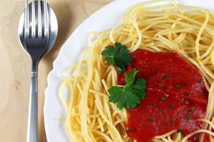 Sophia Loren's Spaghetti Con Pomodoro Crudo and more recipes