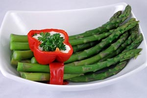 Asparagus Steamed in Wine and more recipes