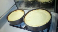 Doubled the recipe to make two, didn\'t add topping.  WONDERFUL!