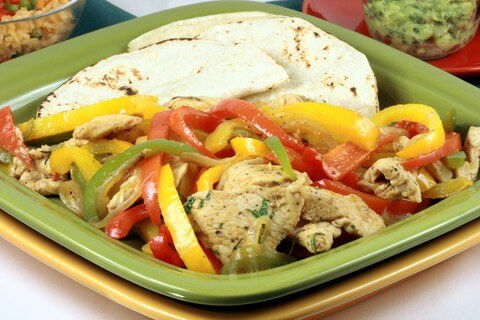 how to cook chicken fajitas in a wok