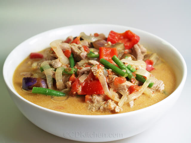 Pork and Eggplant Green Curry Recipe | CDKitchen.com