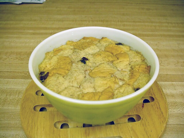 Mom's Home-Style Bread Pudding Recipe