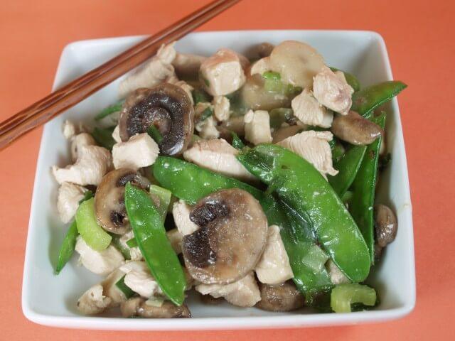 Moo Goo Gai Pan (Chicken With Mushrooms) Recipe from CDKitchen