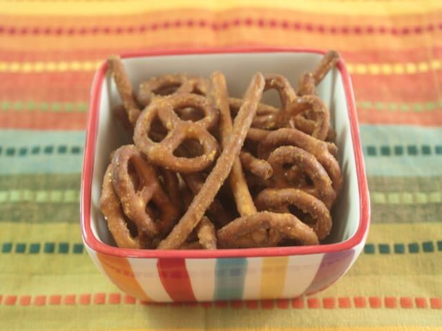 recipe for homemade honey mustard pretzels