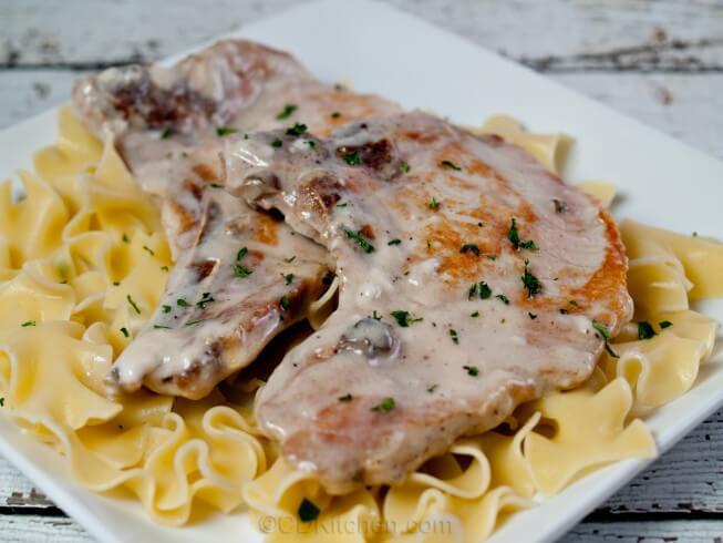 Crock Pot Pork Chops In Cream Of Mushroom Soup Recipe From Cdkitchen Com