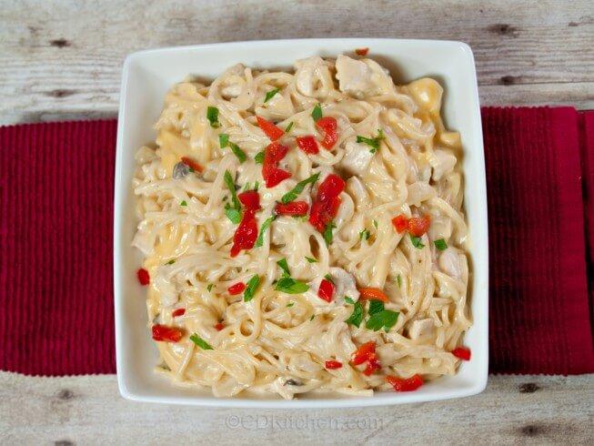 Luby S Chicken Tetrazzini Recipe Cdkitchen Com