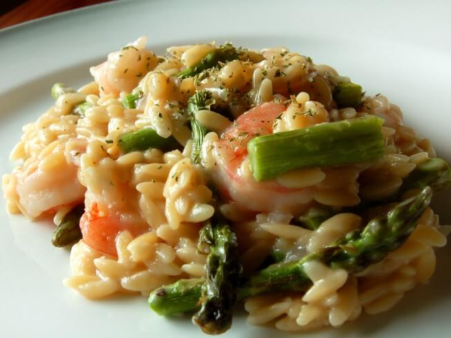 Pressure Cooker Shrimp And Asparagus Risotto Recipe from CDKitchen.com