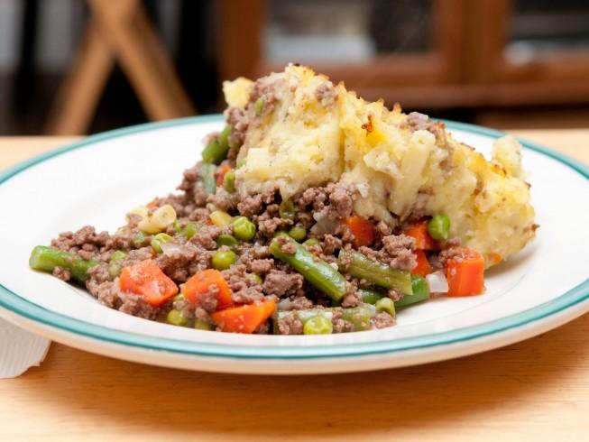 Ground Beef And Mashed Potato Casserole