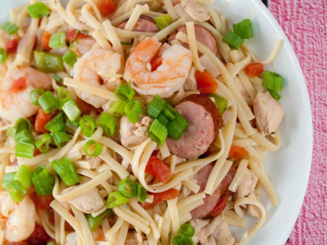 Rainforest Cafe Maya Pastalaya Recipe Cdkitchen Com